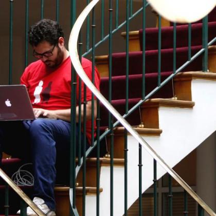 Agencia Española de Protección de Datos a empresas españolas: prohibido usar Dropbox o Google Apps